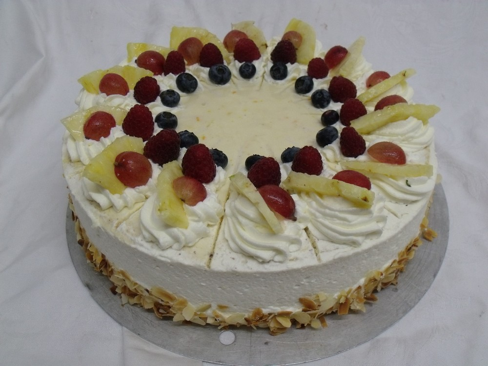 ST03 - Joghurt-Sahne-Torte